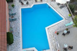 lefkada semiramis hotel big pool