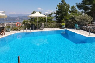 lefkada semiramis hotel pool